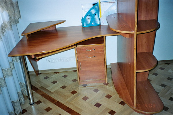 Мебель для домашнего кабинета и мебель для спальни