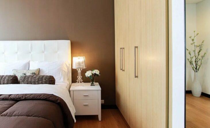 Кровати и спальни широкий ассортимент моделей мебели